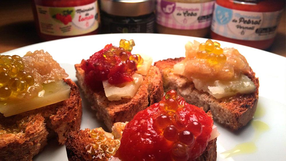 Mermeladas artesanales de ceboolla, tomate y pimientos rojos como aperitivo
